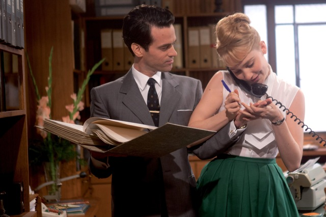 Film Review Populaire