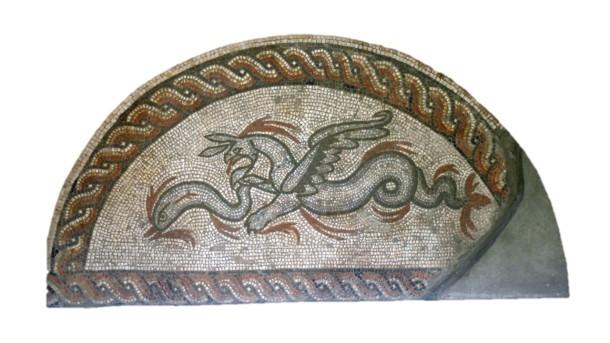sea-creature-hunting-dogs-mosaic